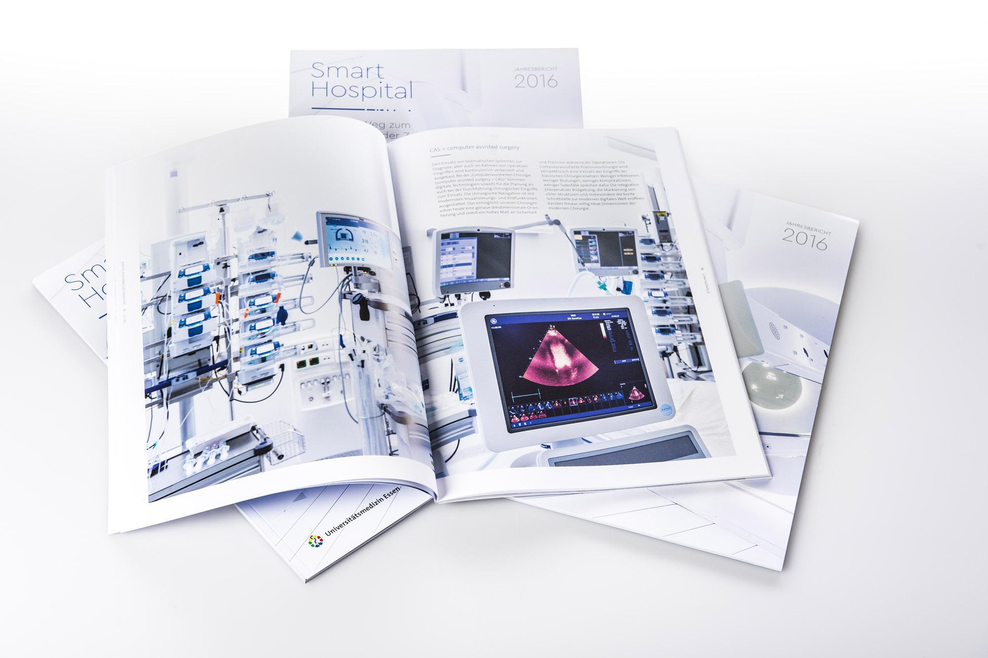 Jahresbericht, Geschäftsbericht, Dokumentation, Gesundheitswesen, Medizin, Krankenhaus